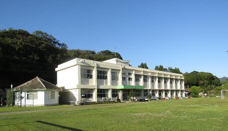 志布志市立森山小学校